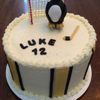 Penguins Ice Hockey B-day cake for a fan of the Penguins ice hockey team.
