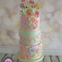 Sweet Hello Kitty A soft pastel coloured Hello Kitty for a first birthday <3