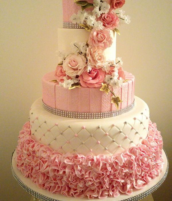 Romantic Valentine\'s Wedding Cakes - CakeCentral.com