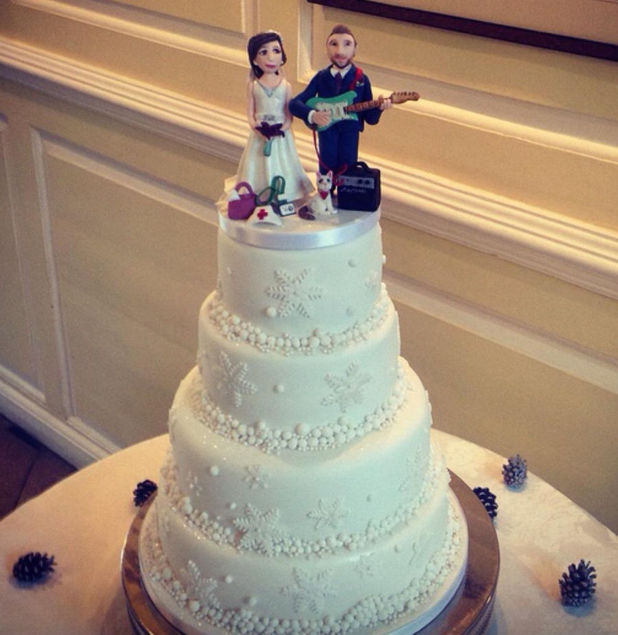4 Tier Snowflake Wedding Cake With Personalised Cake