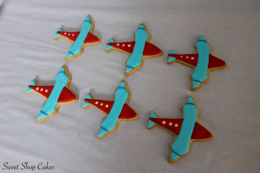 900_airplane-sugar-cookies-937512XYuV9.jpg