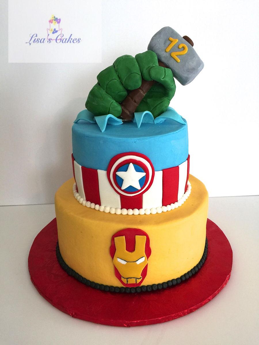 Avengers Birthday Cake 1 CakeCentralcom