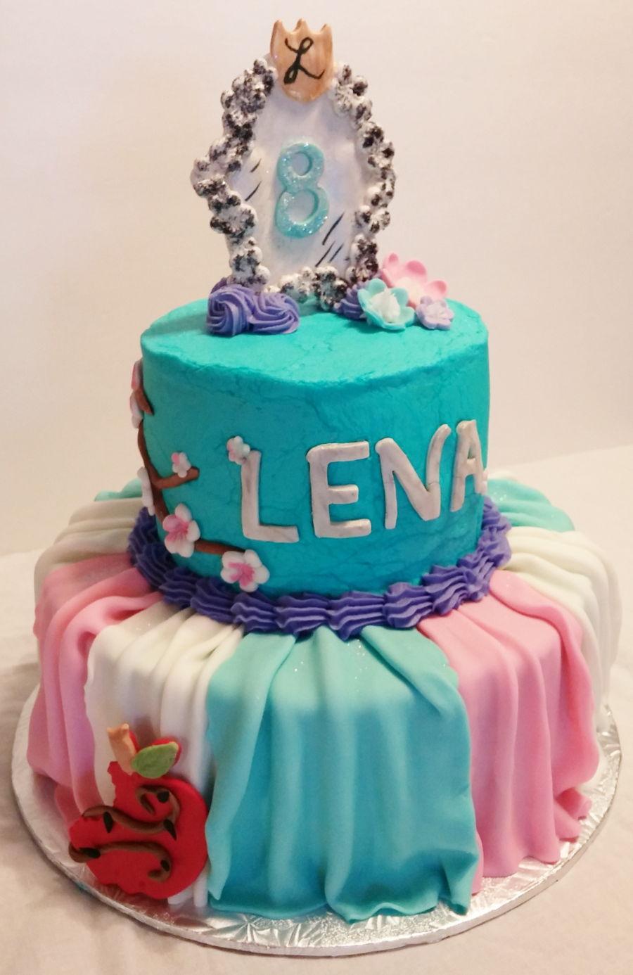 Disney Descendants Cake Images : Descendants Disney Theme Cake - CakeCentral.com