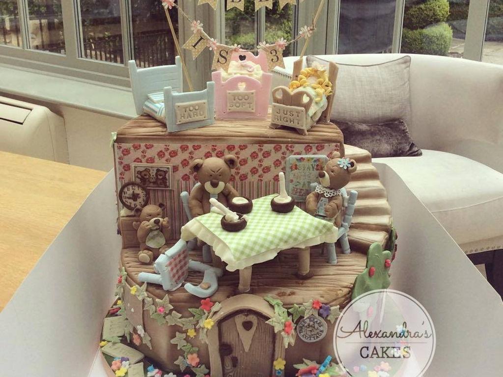 Brilliant Goldilocks And The Three Bears Birthday Cake Cakecentral Com Funny Birthday Cards Online Alyptdamsfinfo