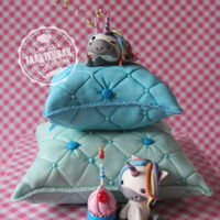 Dreamy Pillow Unicorn Cake... ...for a sweet dreamy girl Thanks crumbavenue for the inspiration and tutorial on the unicorns!