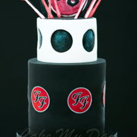 Foo Fighters Themed Cake The inspiration was Foo Fighters concert in Milton Keynes (September 2015). I just loved the opening and this is what I wanted to...