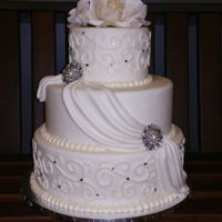 Scrollwork & Rhinestones   Fondant frosting, made for a jewelry store bridal event. March 2016