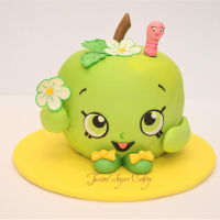 Shopkins Apple Blossom A sweet cake to celebrate spring!