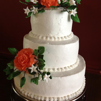 Wedding Cake Buttercream icing with fondant/gumpaste flowers