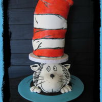 """we're All A Little Seussy"" Collaboration ""The Cat In the Hat"" a cake collaboration in the CPc group: http://cakesdecor.com/cakes/233986-dr-seuss-cake-collaboration-we-re-..."