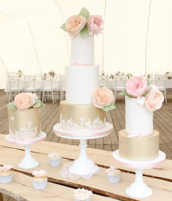 Vintage Wedding Cake Trio