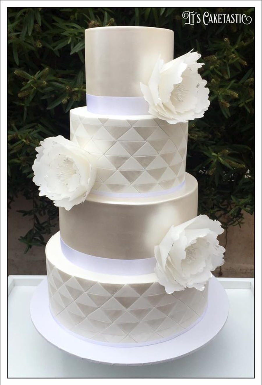 Geometric White On White Wedding Cake Cakecentral Com