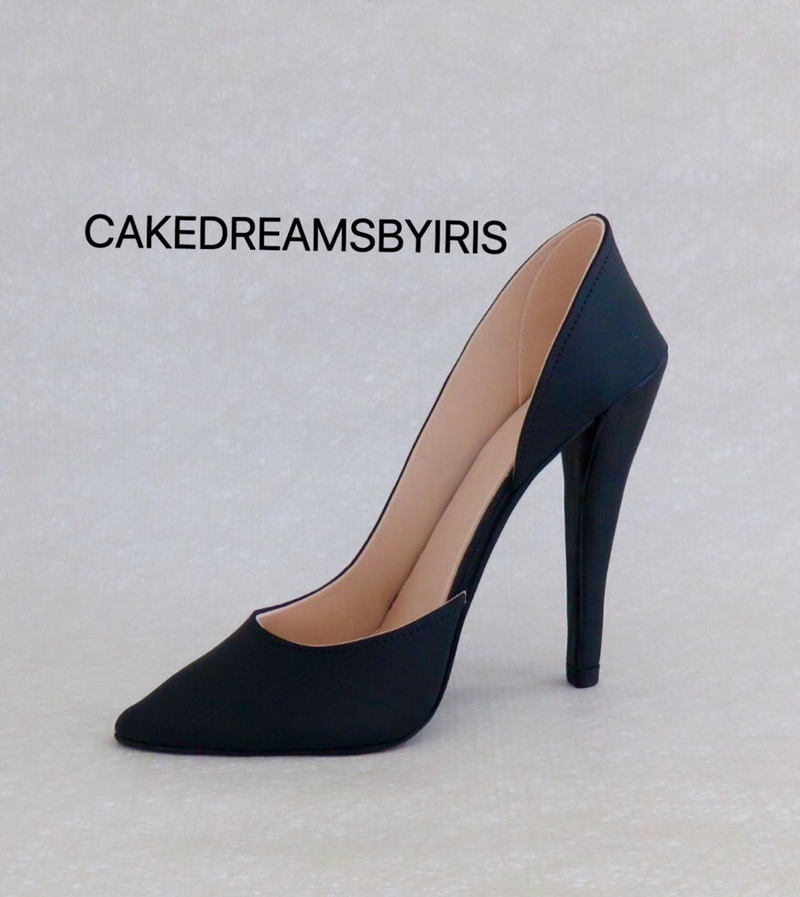 How Much To Charge For A Heel Topper Cake
