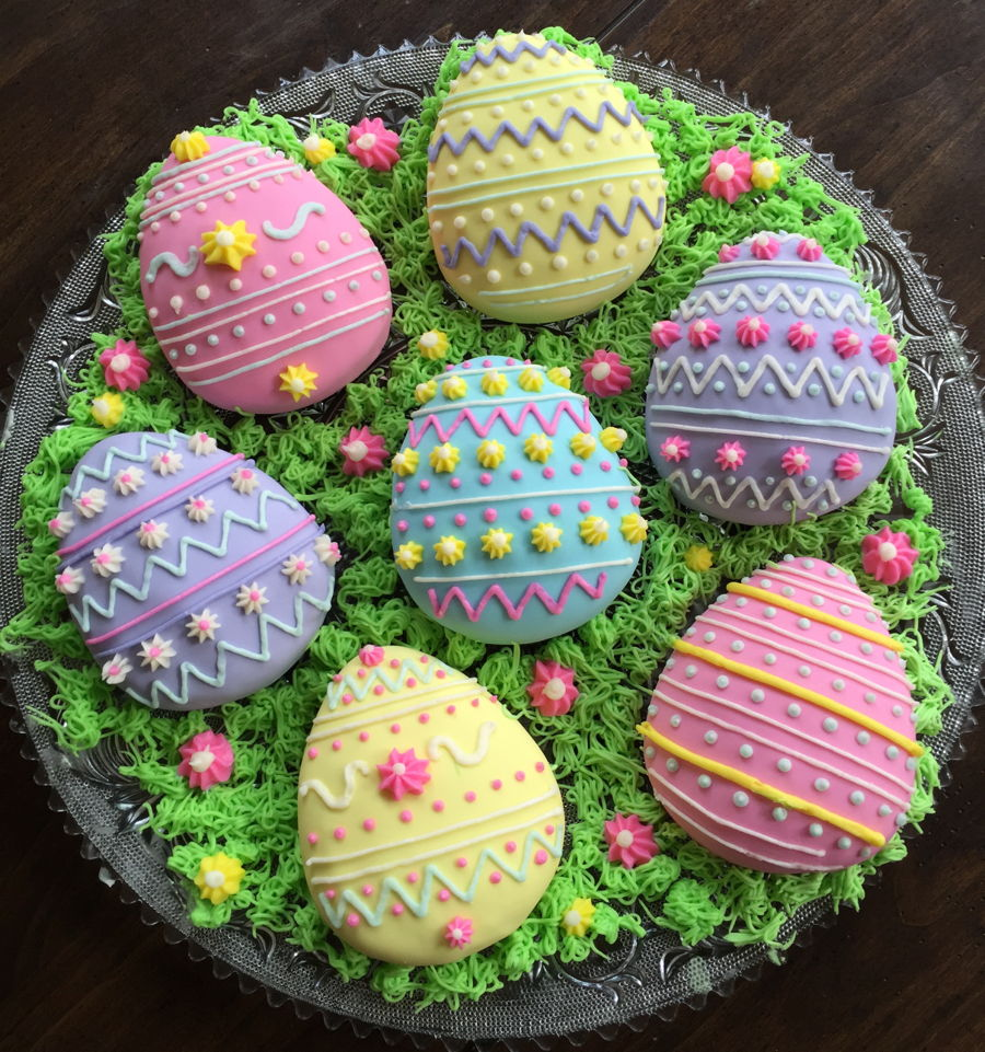 Mini Egg Nest Cakes