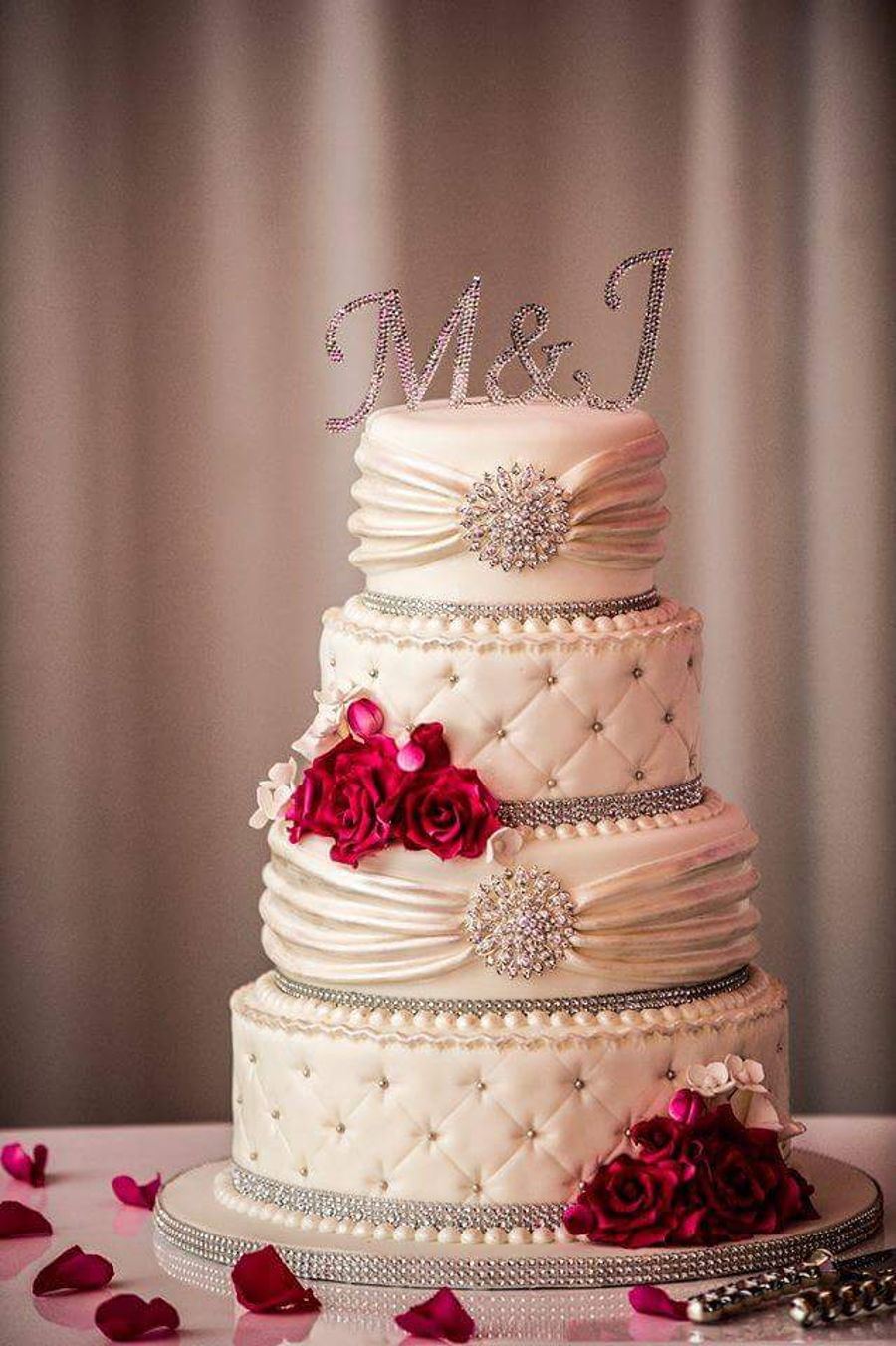 wedding cakes with red roses and bling pink and bling wedding cake cakecentral 26098