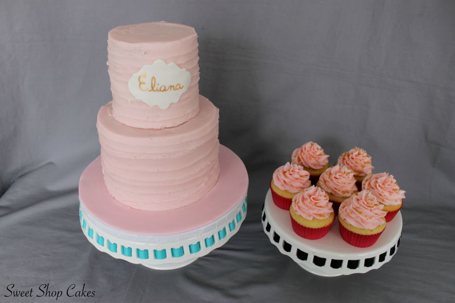 Pink Frosted Cupcakes With Gold Sprinkles - CakeCentral.com