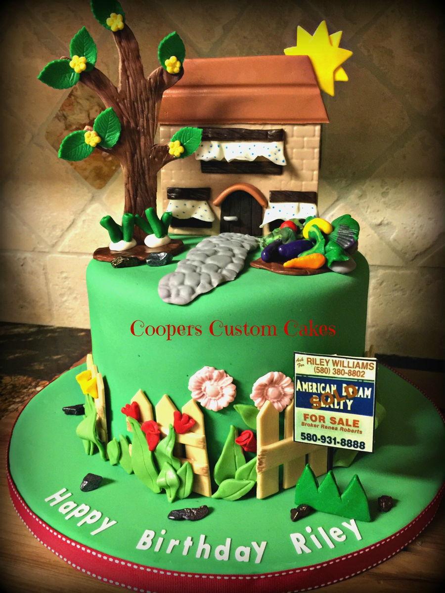 Real Estate Cake - CakeCentral.com