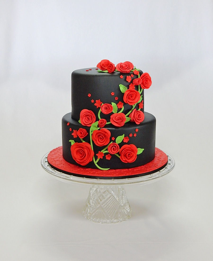 Pleasant Red Rose Black 40Th Birthday Cake Cakecentral Com Funny Birthday Cards Online Inifodamsfinfo