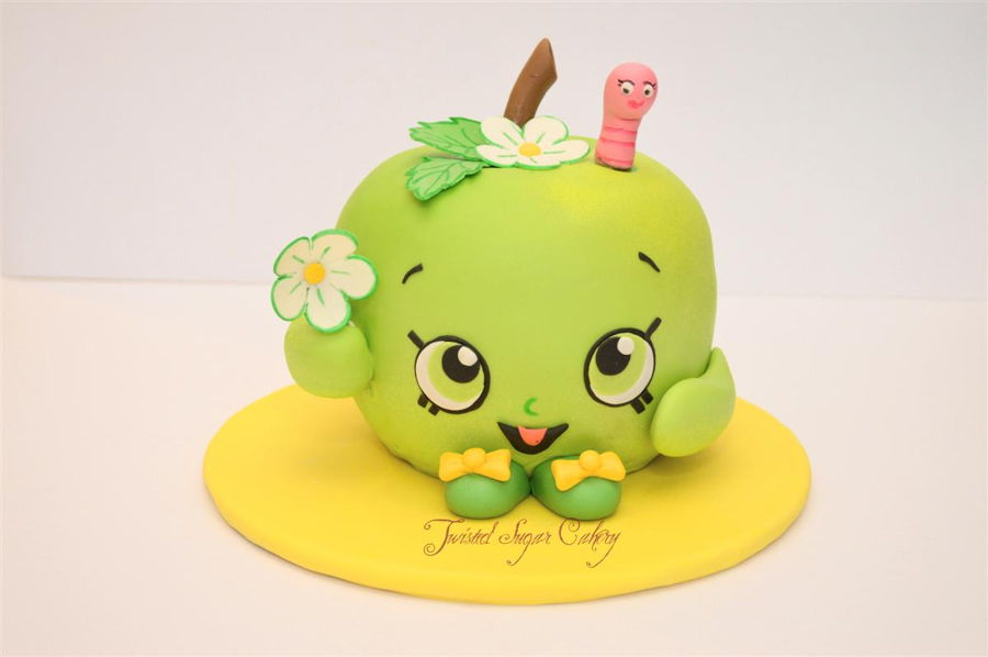 Shopkins Apple Blossom Cake