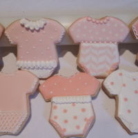 Baby Shower Onesies Shortbread decorated for baby girl shower.