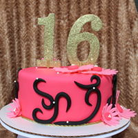 Sweet 16 Fondant, with vanilla buttercream on marble cake