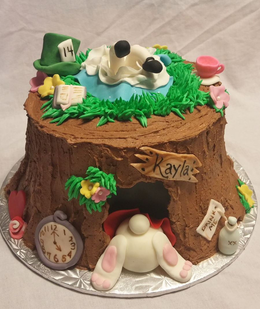 Alice In Wonderland The Rabbit Hole Cakecentral Com