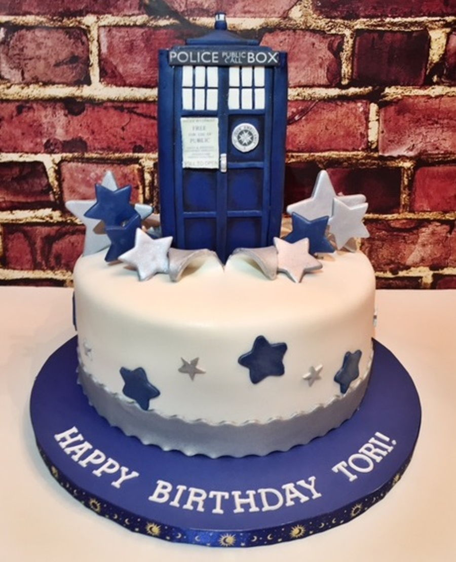 Dr Who Tardis Cake On Central