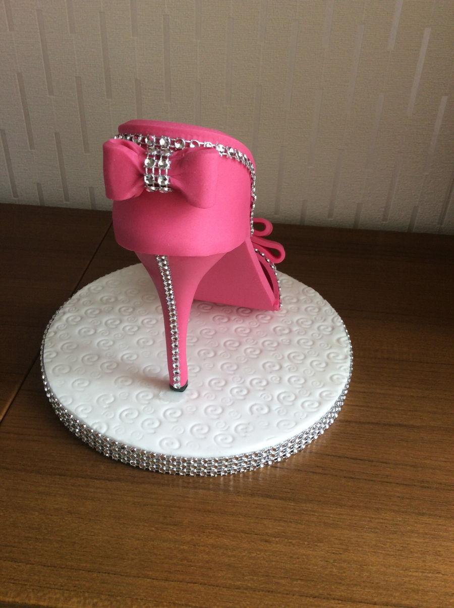 Fondant Shoe Cake Cakecentral Com