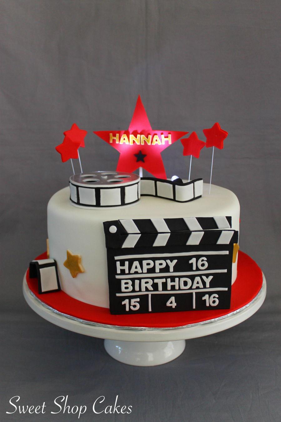 900_hollywood-birthday-cake-937512g4SlT.jpg