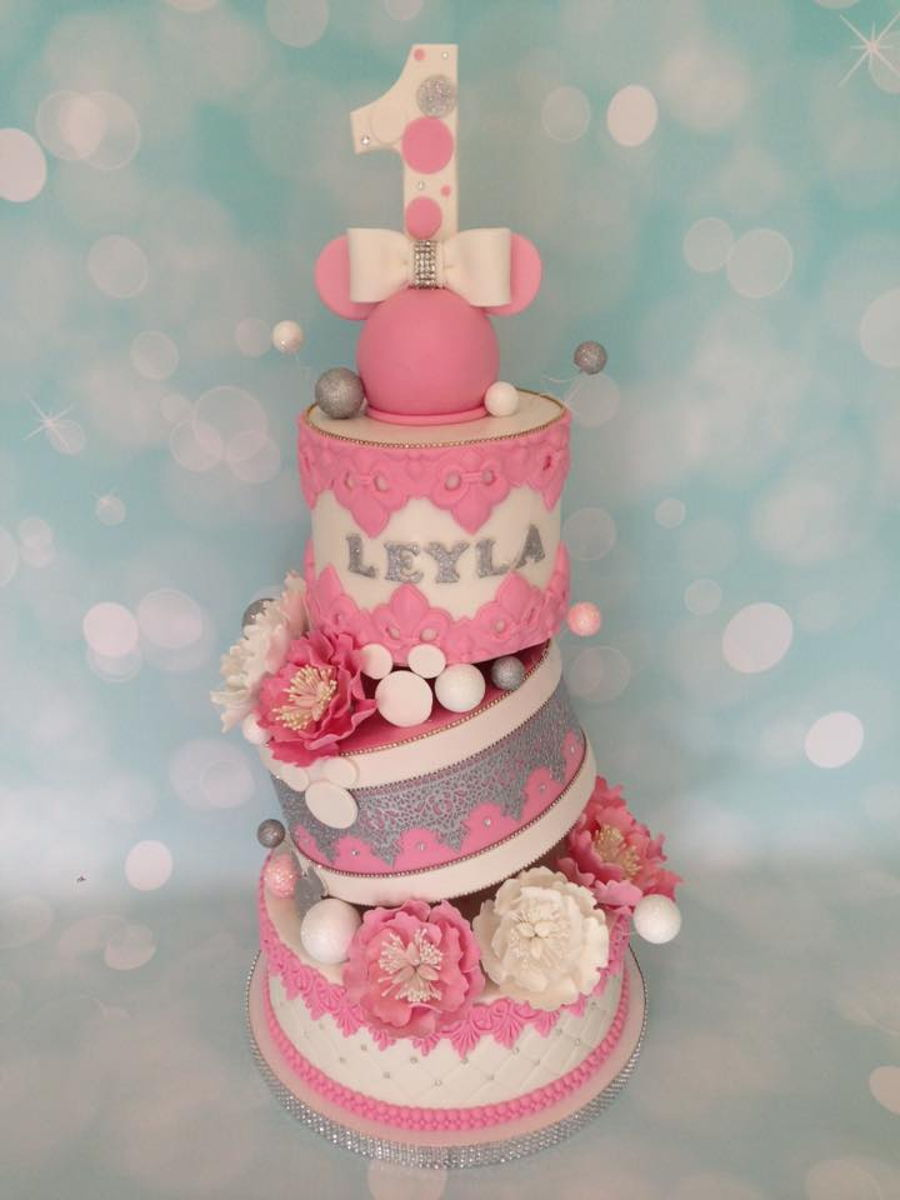 Stunning Cake For A 1 Year Old Girl Cakecentral Com