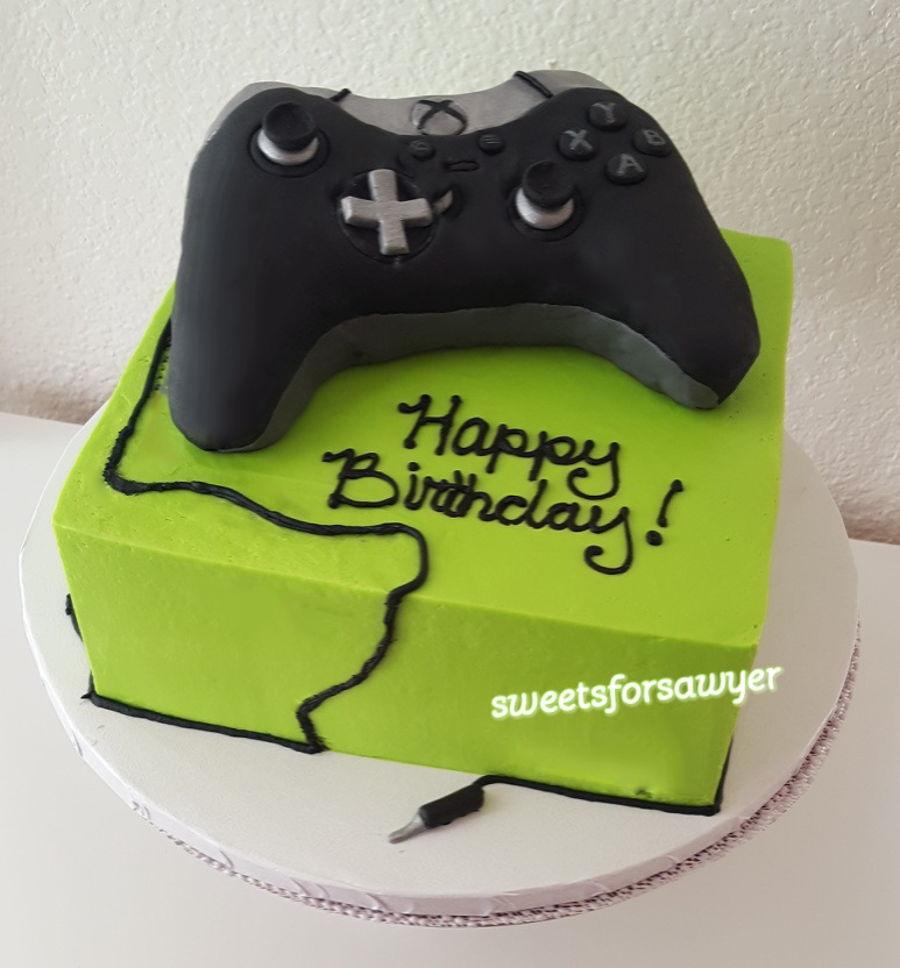 Xbox Cake Decor : Xbox One Elite Controller - CakeCentral.com