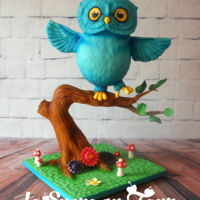 Barry The Owl I made this owl cake using Liz marek book tutorial...It's been a while since I wanted to try it and I finally did. It always looks...