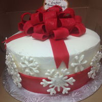 Christmas Cake Red Velvet with white chocolate snowflakes