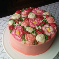 Flowery Guava Cake This cake was so yummy!! Guava cake recipe: Cream cheese frosting recipe: How I decorated it: