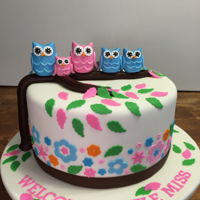 Owl Baby Shower Cake This baby shower cake has the whole family represented :)