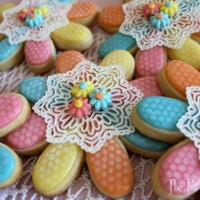 Pretty Lace Cookies Using airbursh and cake lace, the cookies were such fun to make. http://www.thepartiologist.com/2016/05/pretty-lace-cookies.html