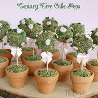 Rose Topiary Tree Cake Pops! Yes, these little topiary trees are edible! See how to make them here: http://www.thepartiologist.com/2016/04/edible-rose-topiary-trees....