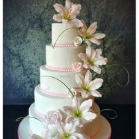 Wedding Cake With Sugar Lilies Wedding Cake with sugar lillies