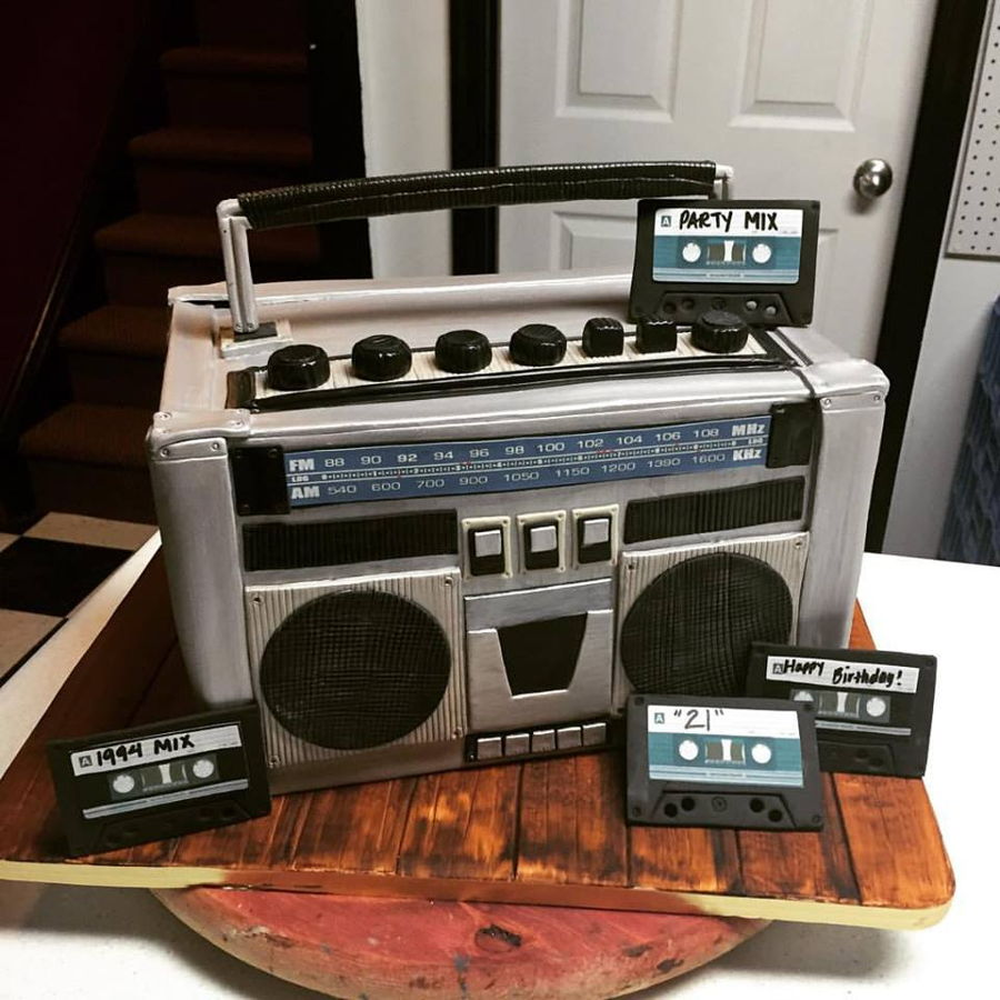 Boombox Cake Cakecentral Com