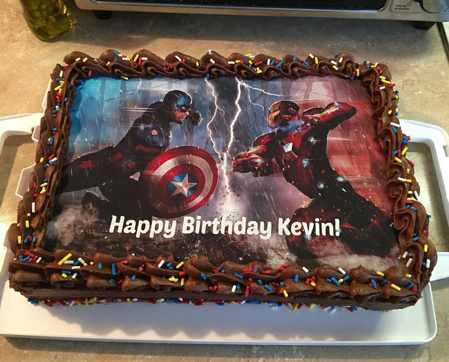 Captain America Vs Iron Man Civil War Cake CakeCentralcom