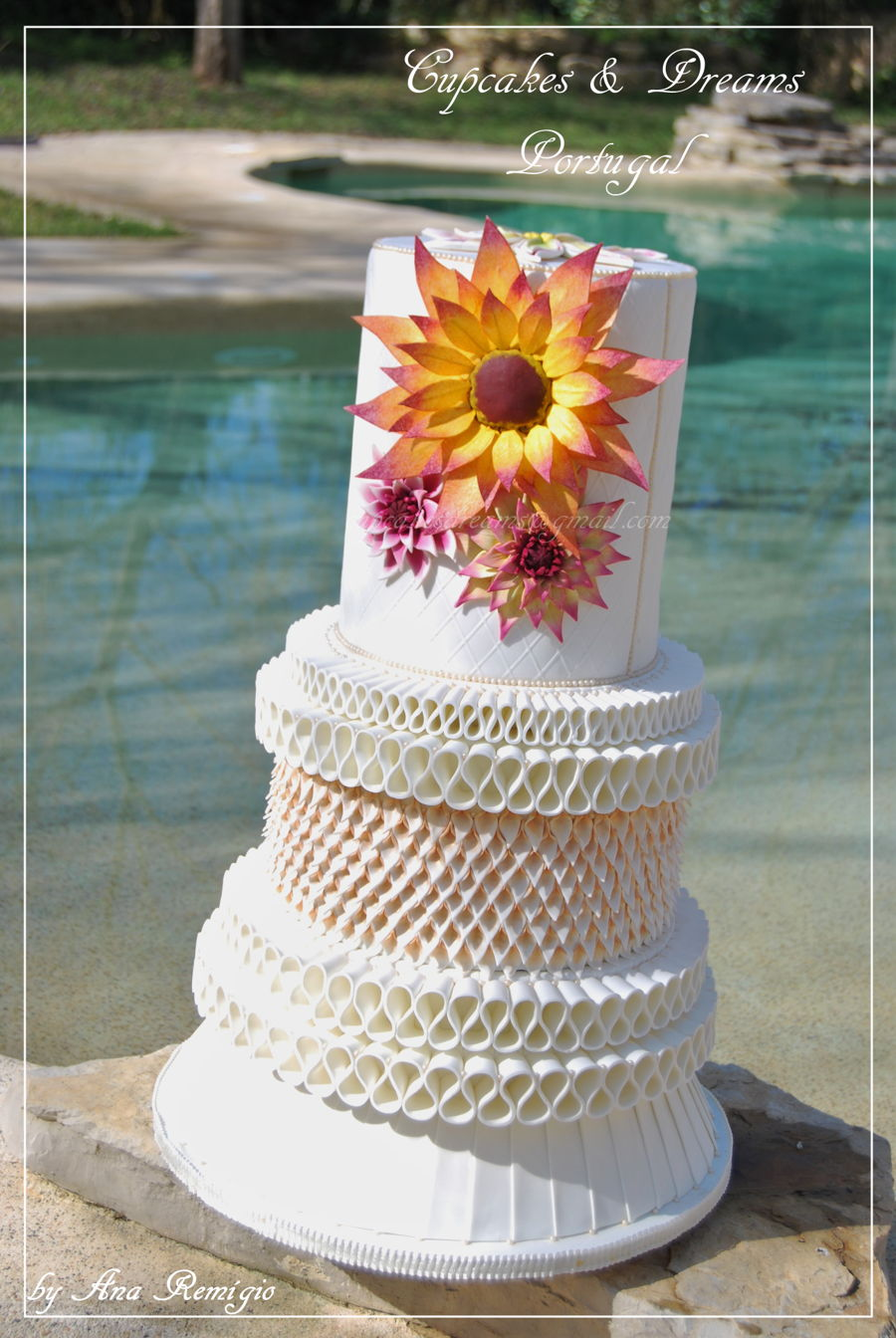 Dublin wedding cake irish sugarcraft show competition 2016 my classic wedding cake class 19 wedding cake classic open junglespirit Image collections