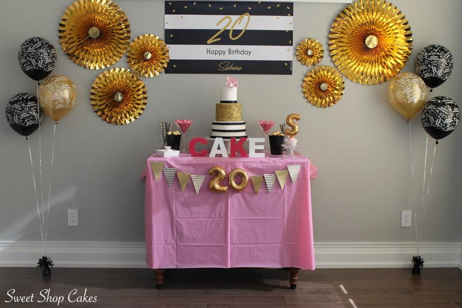 900_elegant-birthday-cake-937512wkLqt.jpg