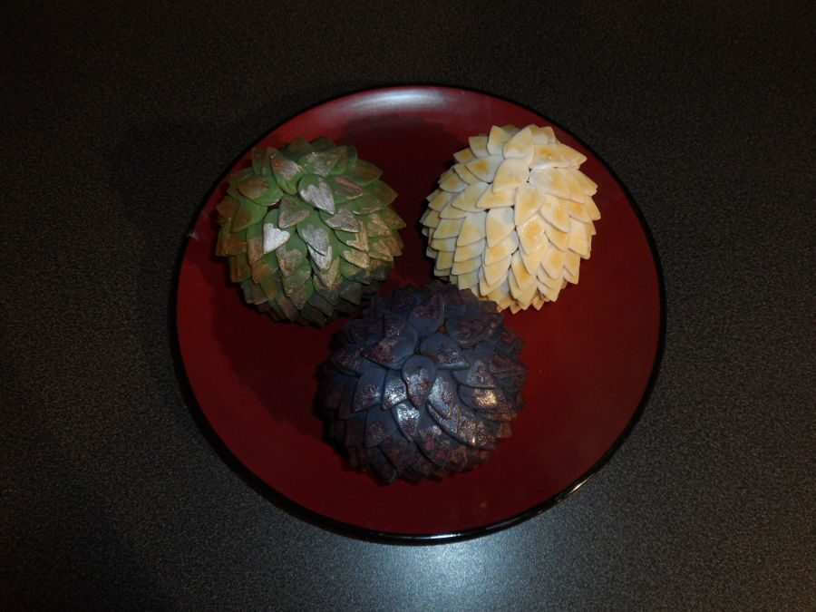Game Of Thrones Dragon Egg Mini Cakes - CakeCentral.com