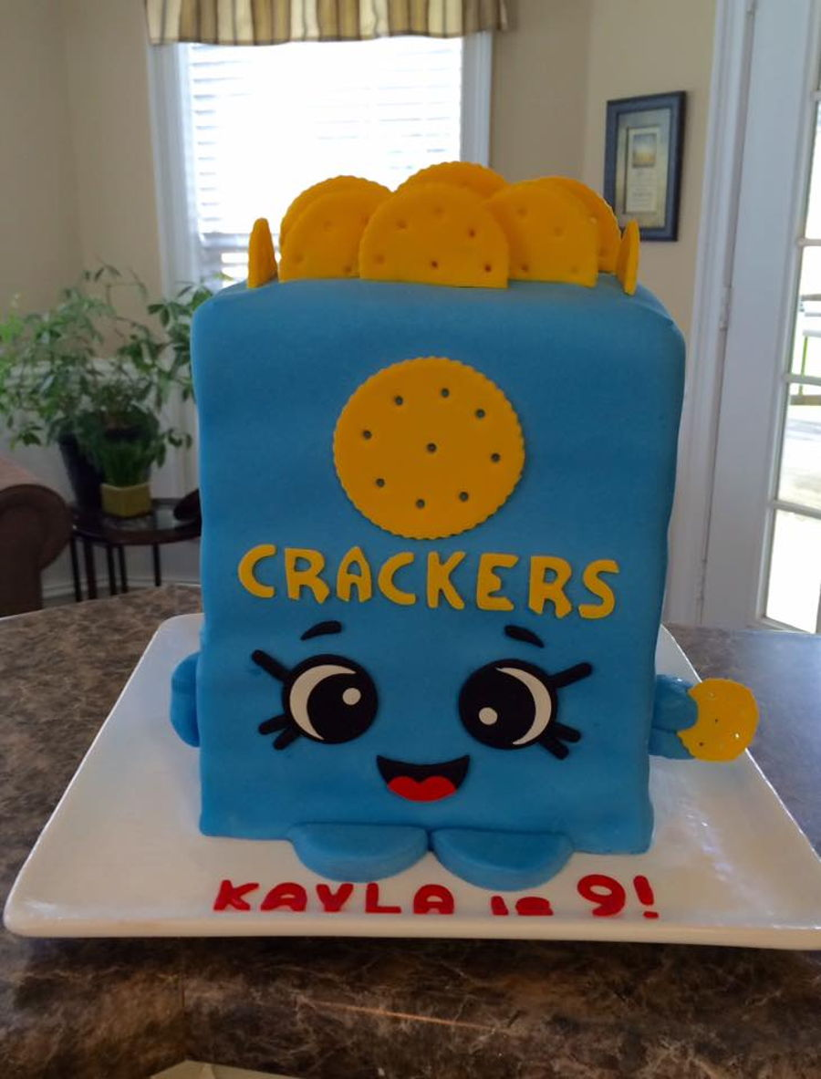 Kris P Crackers on Cake Central