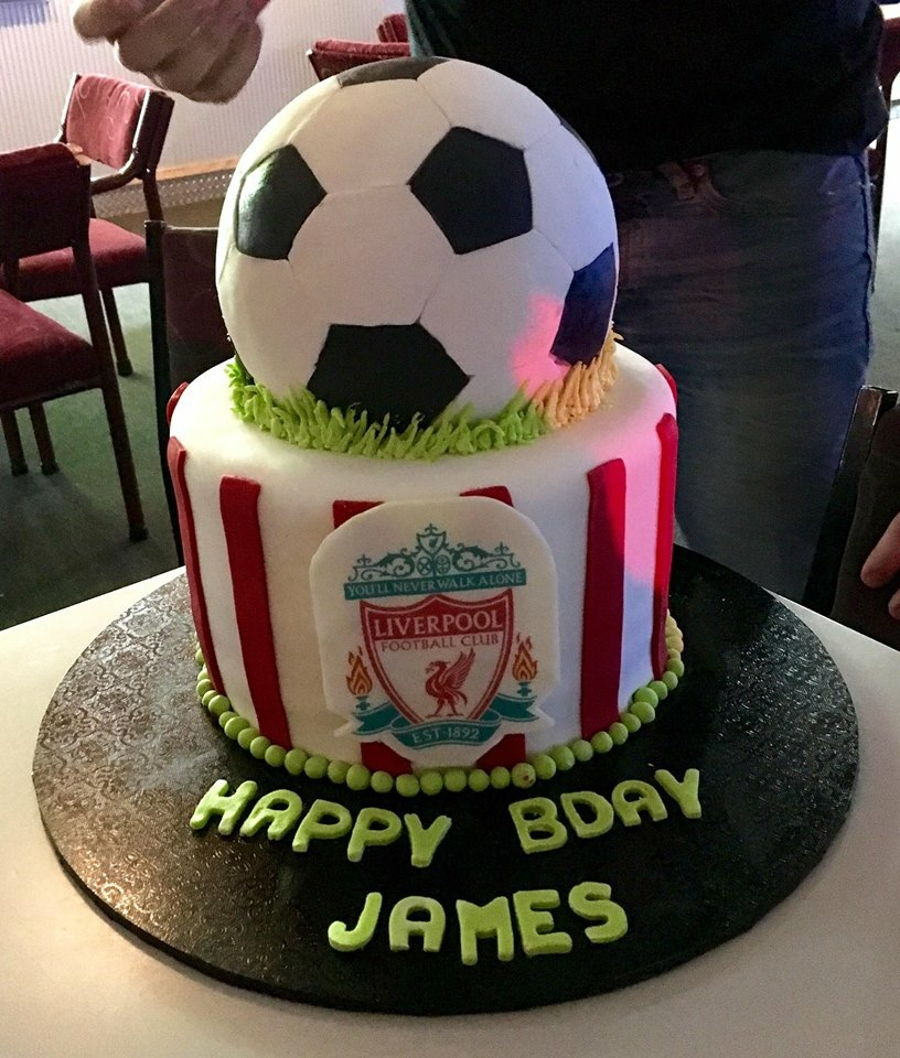 Incredible Liverpool Football Birthday Cake Cakecentral Com Personalised Birthday Cards Paralily Jamesorg
