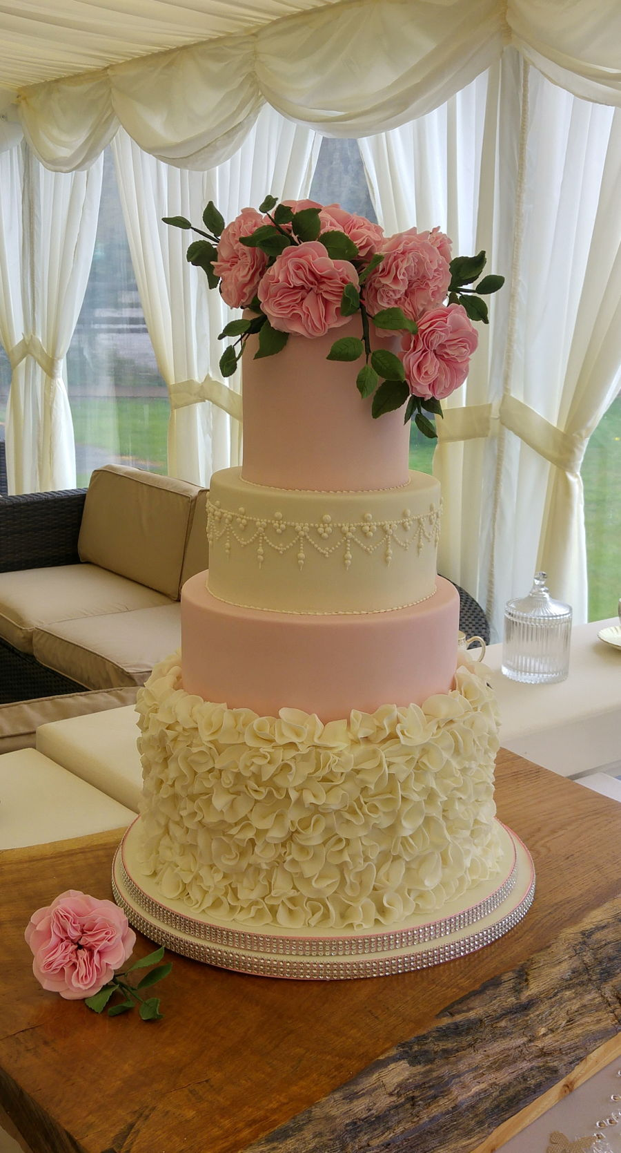 ruffles and david austin roses wedding cake. Black Bedroom Furniture Sets. Home Design Ideas