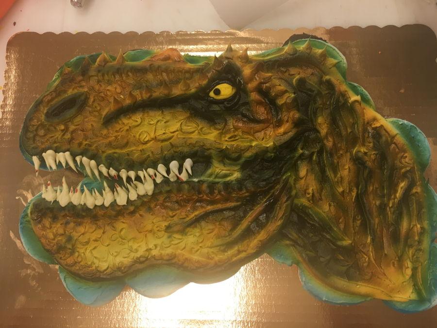 Dinosaur Pull Apart Cupcake Cake
