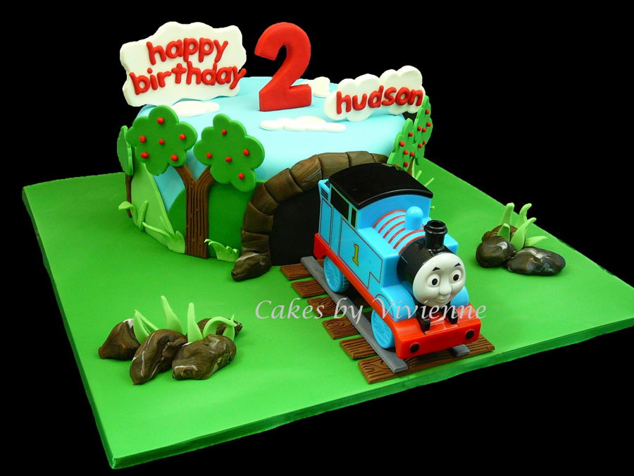 Cake Decorations Thomas The Tank Engine : Thomas The Tank Engine 2Nd Birthday Cake - CakeCentral.com