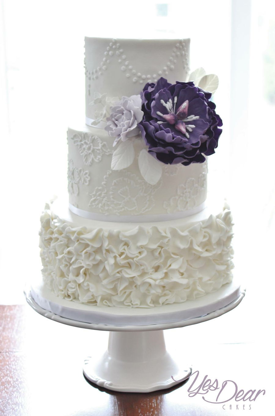 wedding cake pictures with purple flowers white wedding cake with purple flower cakecentral 23452