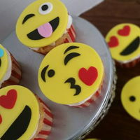 Emoji Cupcakes   These were made for my daughters class birthday party!